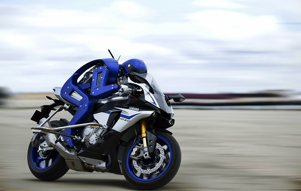 Yamaha-Motobot-01