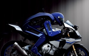 Yamaha-Motobot-02
