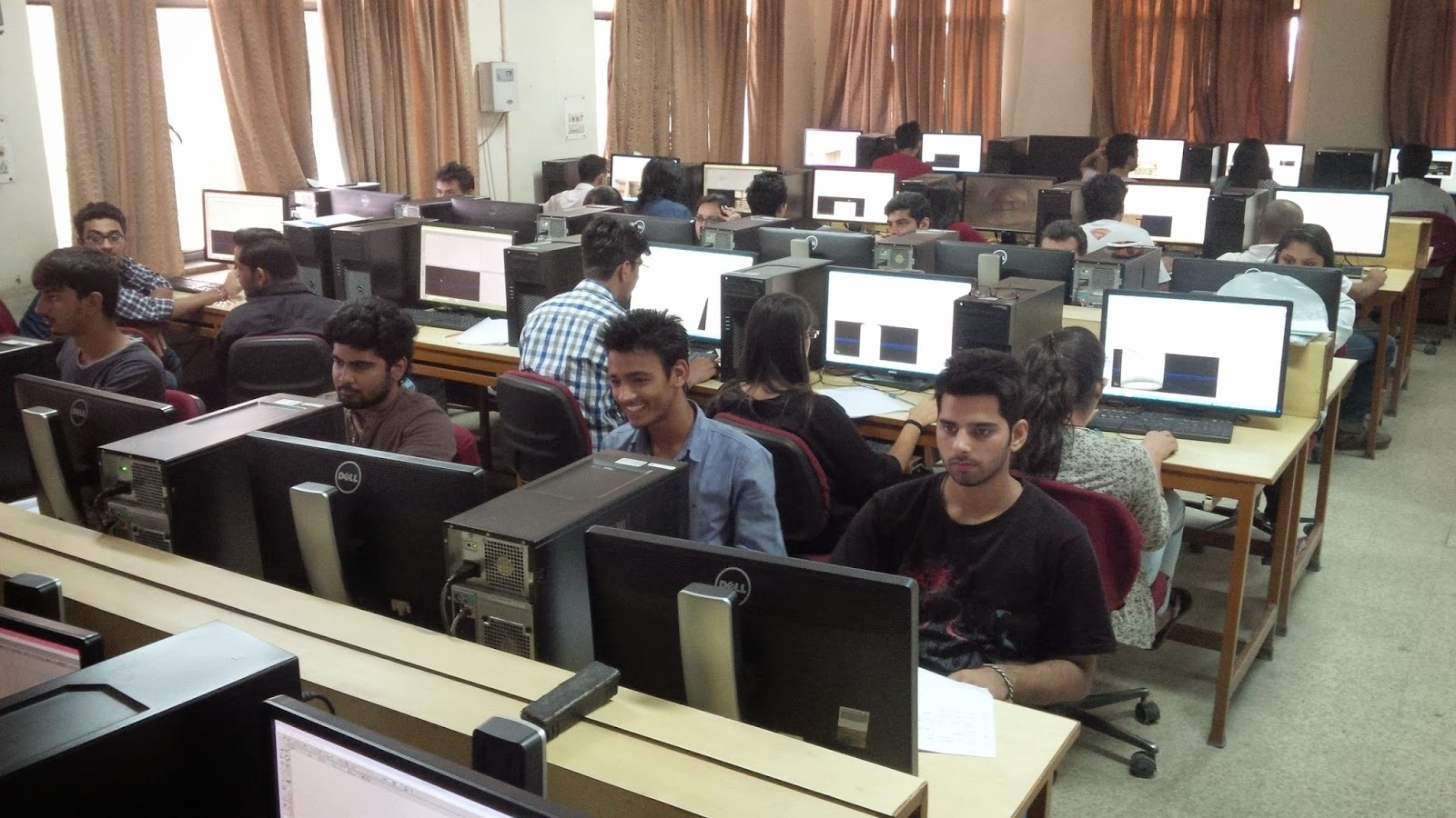 bit mesra noida campus animation and multimedia department gaming class computer lab (1)