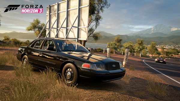 2010-ford-crown-victoria-police-interceptor-forza-horizon-3-600x338